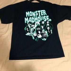 Monster Madhouse T shirt L